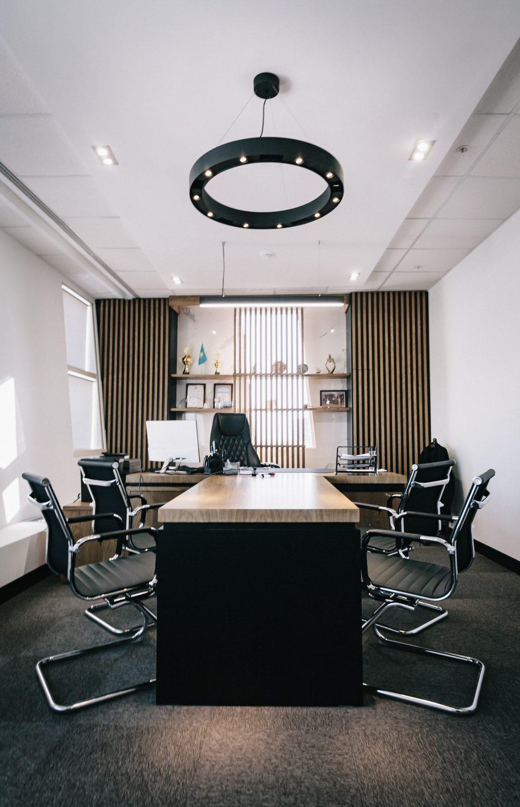 kantoorinrichters